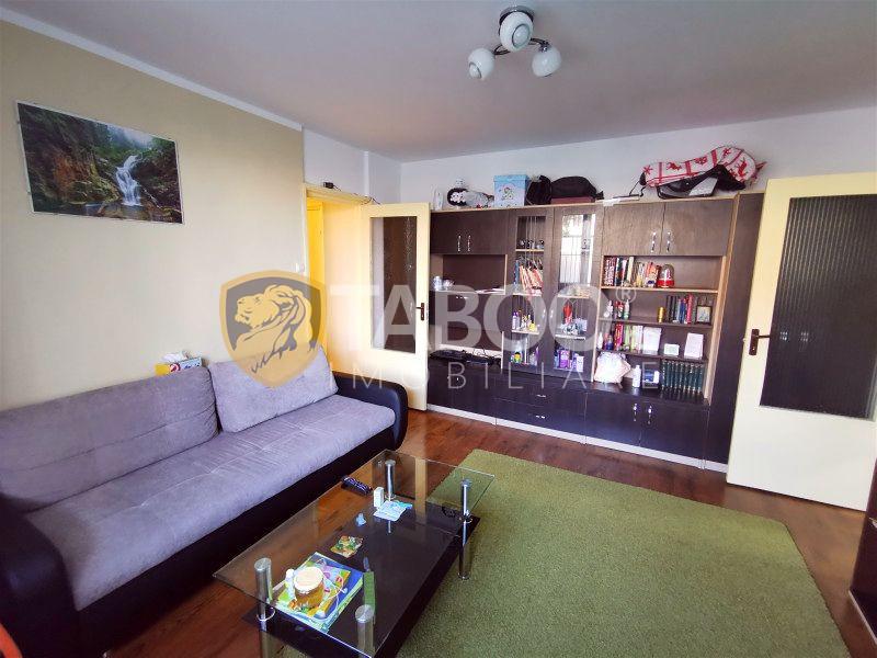 Apartament cu 2 camere si balcon de vanzare in zona Rahovei Sibiu  1