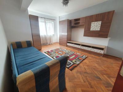Apartament de vanzare 4 camere decomandate 2 balcoane Sibiu Strand