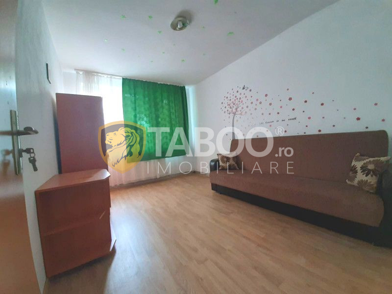 Apartament 2 camere pretabil birouri de vanzare Mihai Viteazul Sibiu 1