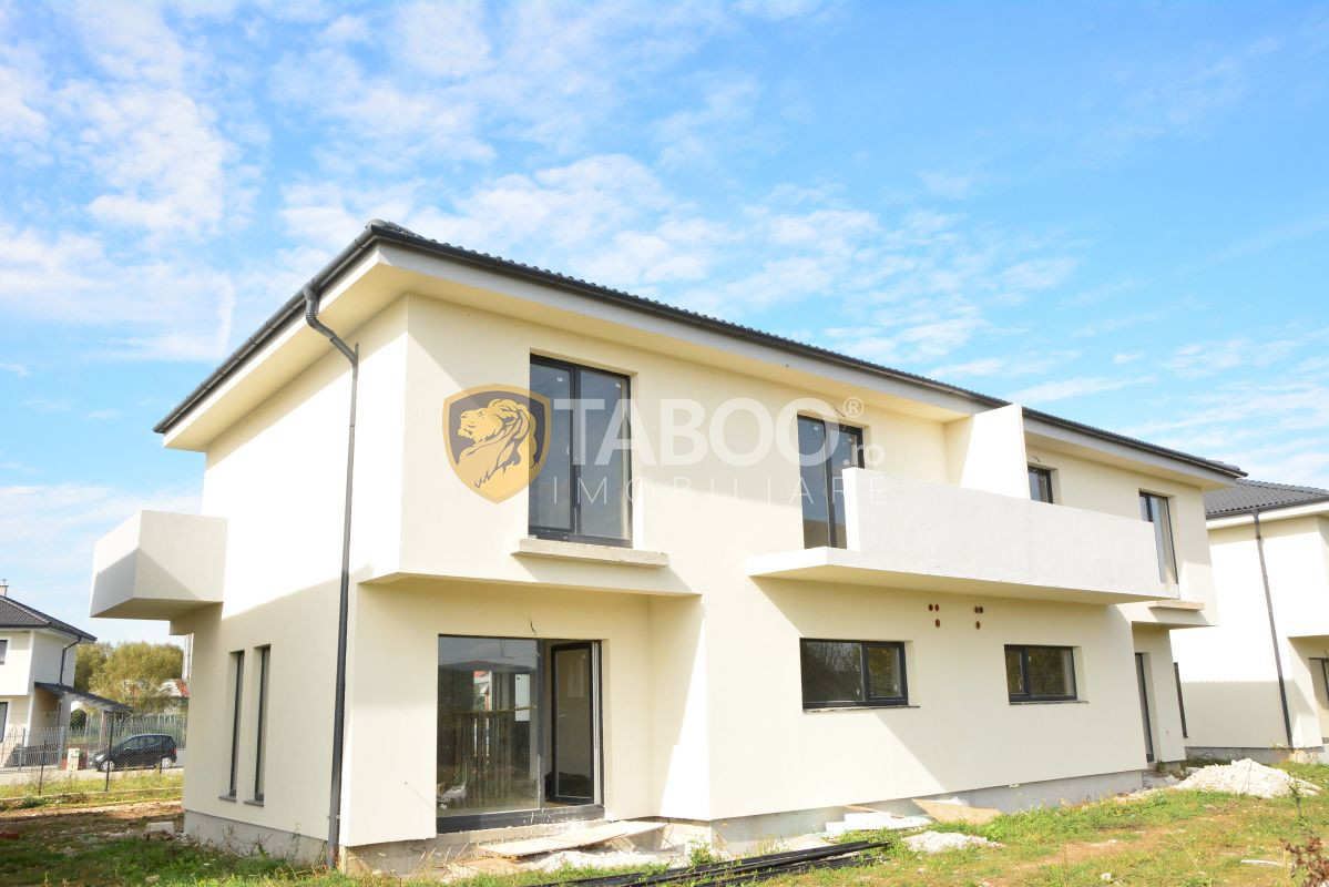 Duplex nou de vanzare 4 camere si curte de 452 mp in Selimbar 2