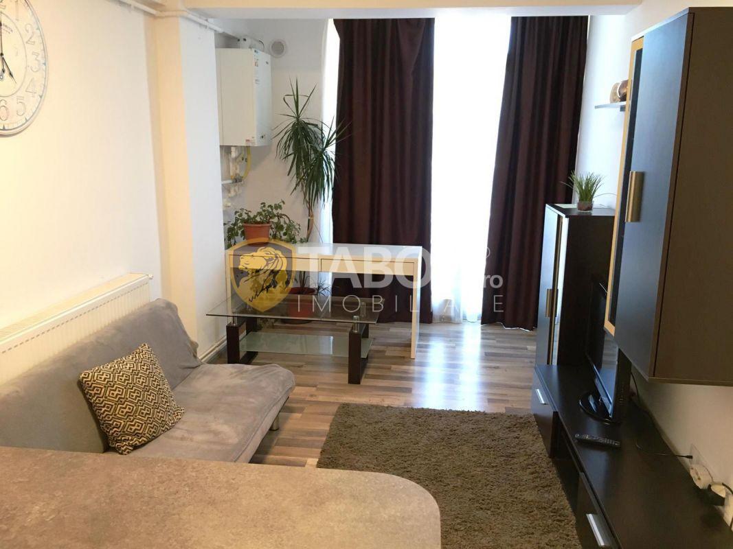 Apartament cu 2 camere si balcon de vanzare pe strada Doamna Stanca 1