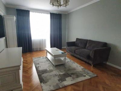 Apartament modern cu 3 camere de inchiriat in zona centrala a Sibiului