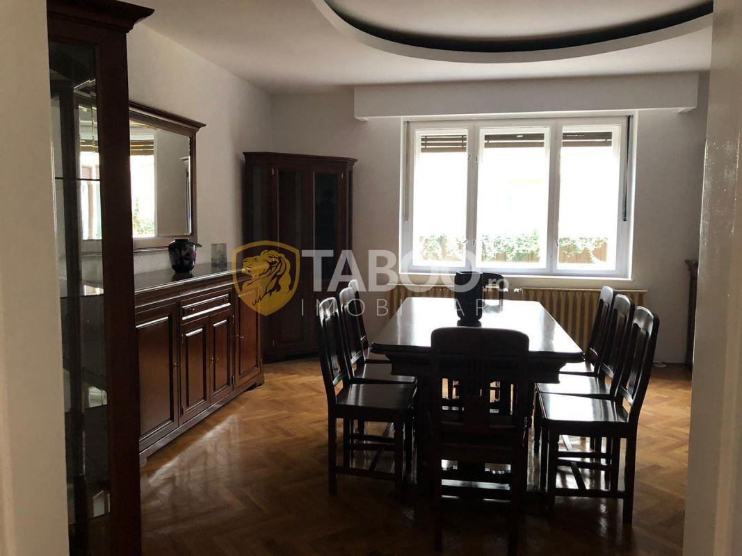 Casa de inchiriat cu 4 camere in Sibiu zona Centrala 1