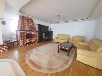 Apartament modern cu 3 camere la casa in zona Centrala Sibiu
