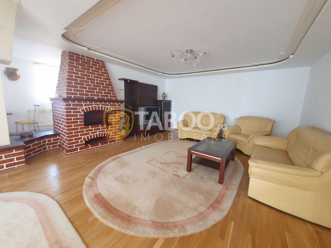 Apartament modern cu 3 camere la casa in zona Centrala Sibiu 1