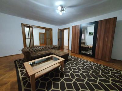 Apartament spatios de inchiriat in Centrul Istoric Sibiu