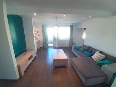 Apartament 3 camere cu boxa pod si loc de parcare in Strand II Sibiu