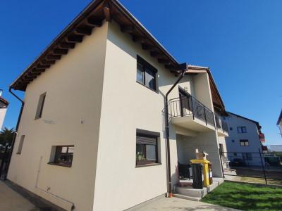 Casa cu 4 camere si carport de vanzare in Sibiu zona Calea Cisnadiei