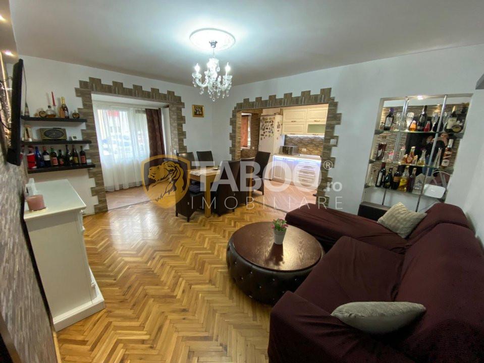 Apartament de inchiriat 3 camere Vasile Aaron Sibiu 1