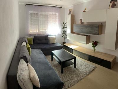 Apartament 3 camere 70 mp etaj 2 de vanzare zona Vasile Aaron Sibiu