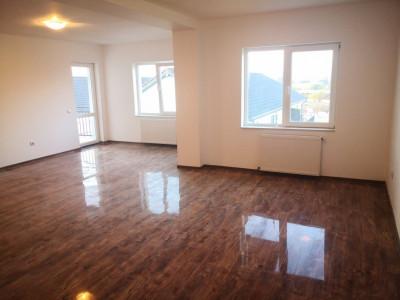 De vanzare apartament cu 4 camere decomandate si 2 bai Selimbar Sibiu
