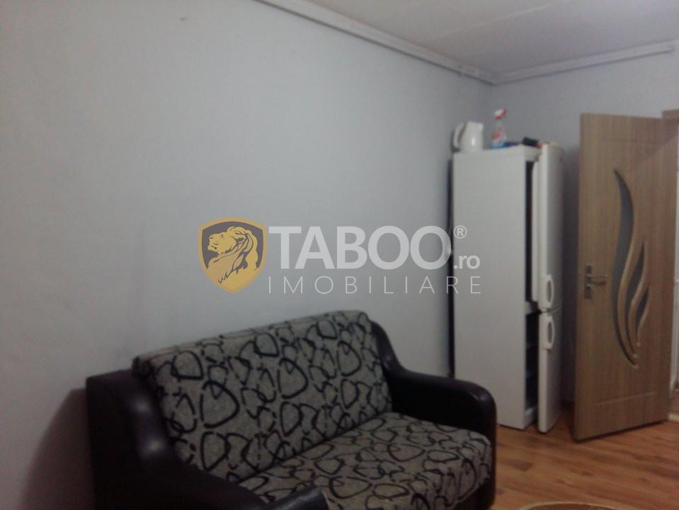 Garsoniera renovata anul 2020 de vanzare in Sibiu zona Broscarie 1
