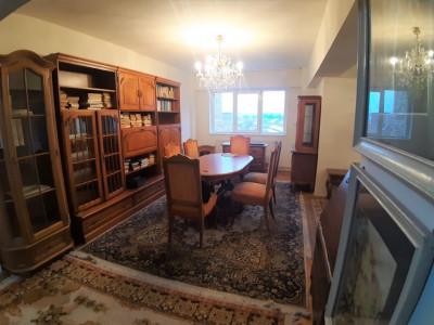 Apartament de vanzare cu 4 camere zona Mihai Viteazu in Sibiu