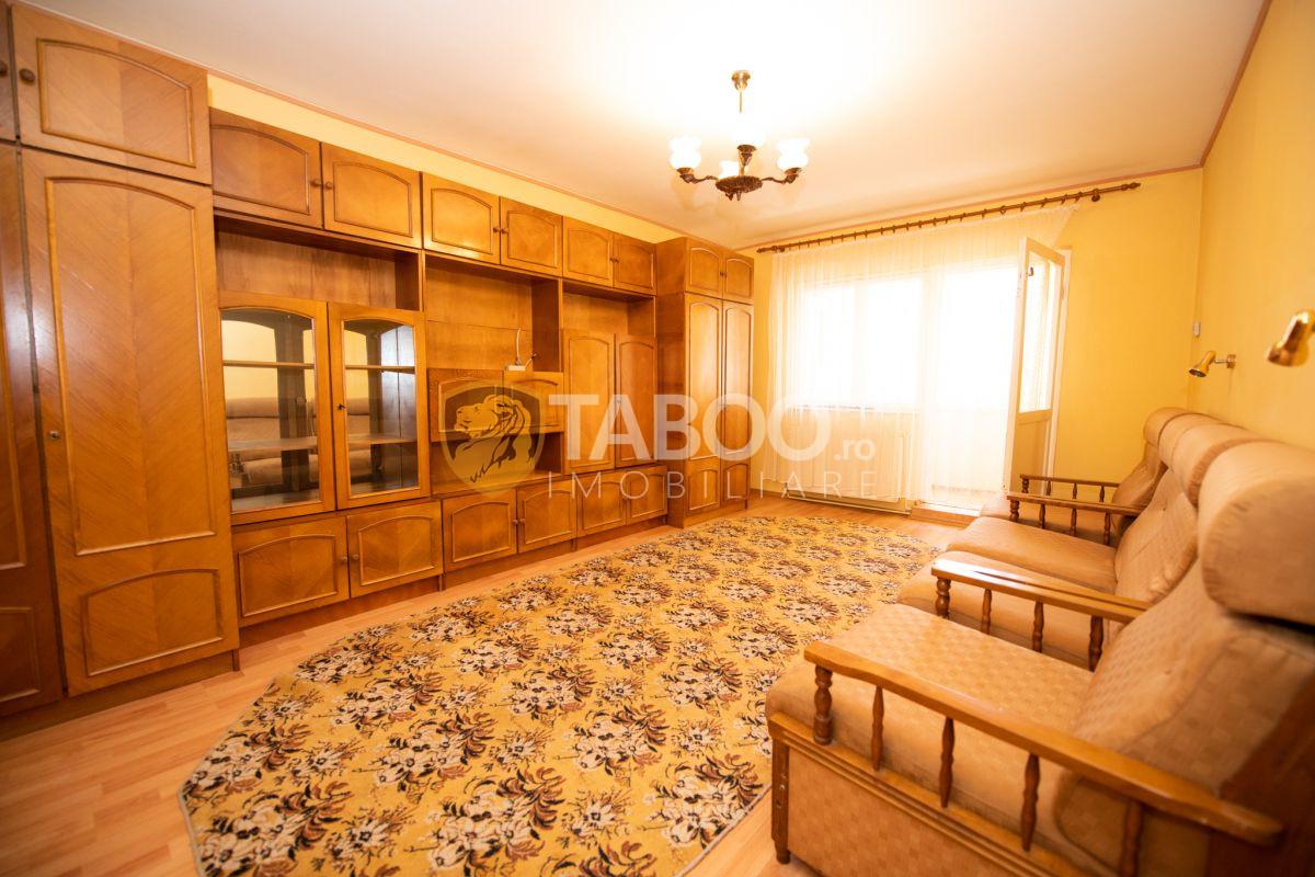 Apartament 2 camere 2 balcoane etaj 3 si pivnita in Turnisor Sibiu 1