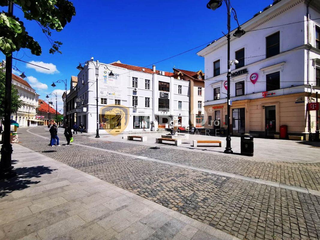 Spatiu comercial de inchiriat cu 5 camere in Sibiu zona Ultracentrala 1