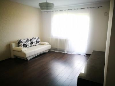 Apartament modern 2 camere balcon si loc de parcare zona Brana