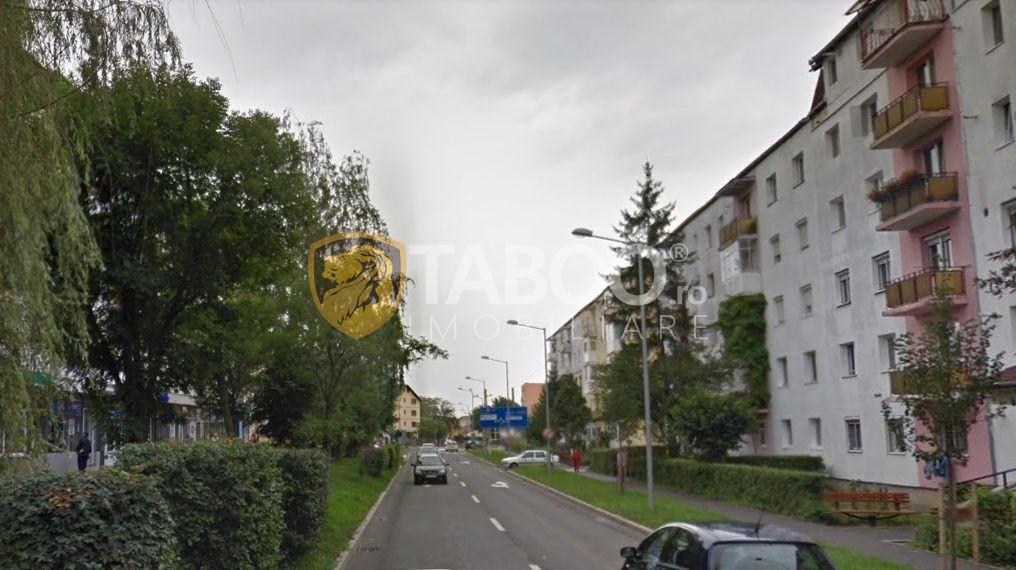 Apartament cu 3 camere decomandate la etajul 2 in Sibiu Siretului 1