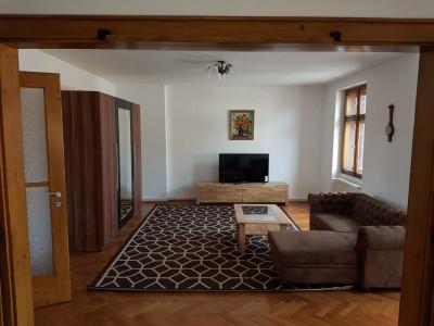 Apartament cu 3 camere de inchiriat Ultracentral in Sibiu