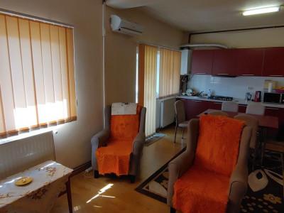 Apartament cu 3 camere de vanzare in Sibiu zona Rahovei