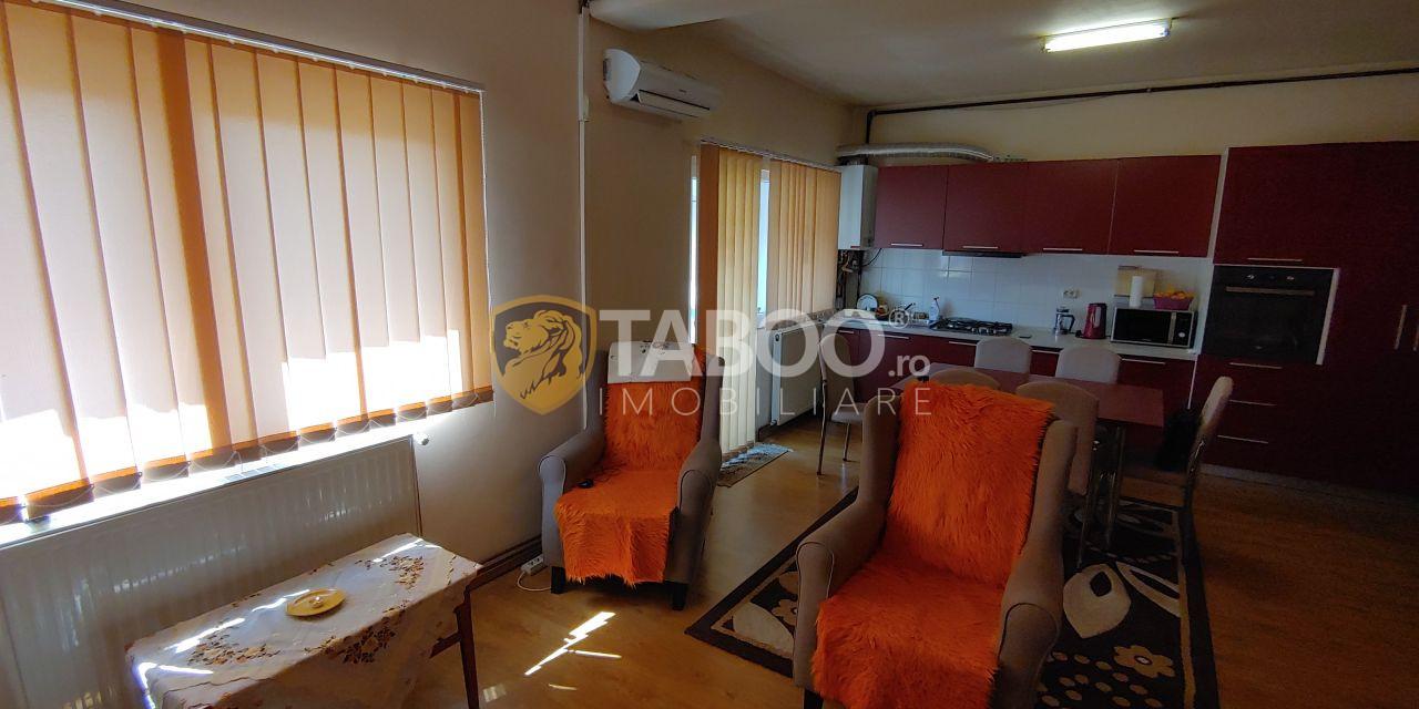 Apartament cu 3 camere de vanzare in Sibiu zona Rahovei  1