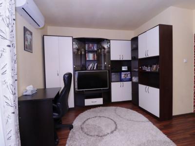 Apartament cu 3 camere 76 mp utili la etajul 2 de vanzare pe Pictor Brana