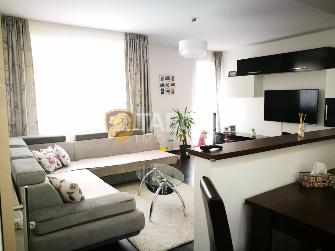 Apartament de vanzare cu 3 camere balcon si loc de parcare in Selimbar 1