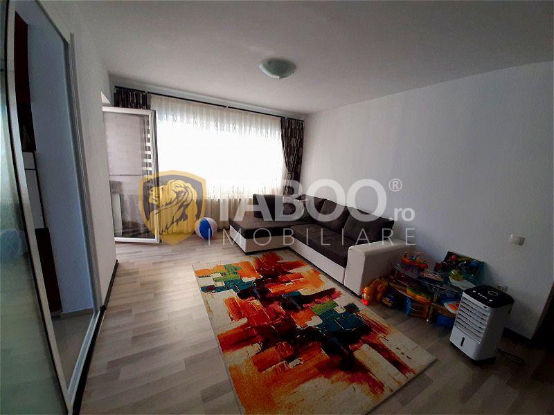 Apartament 3 camere in Selimbar zona Pictor Brana zona linistita 1