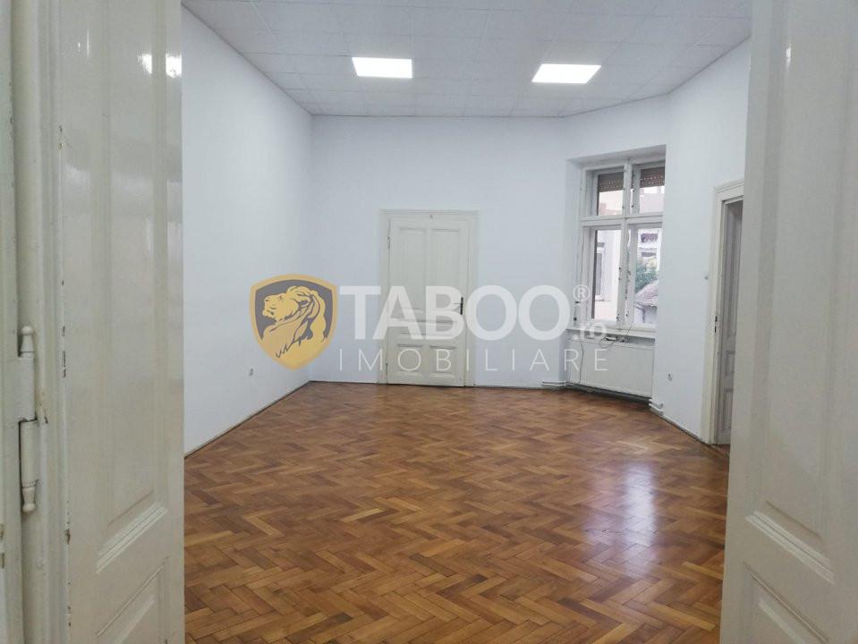 Apartament 3 camere 93 mp utili in Sibiu zona Centrala 2