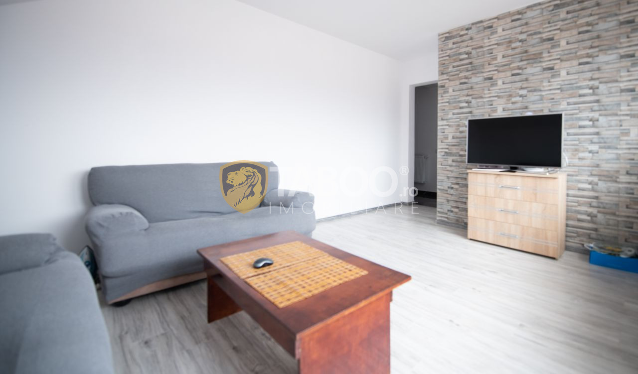 Apartament 2 camere cu balcon si parcare zona Calea Cisnadiei 1