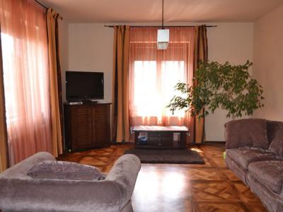O casa de basm acum de vanzare in Sibiu zona Balea