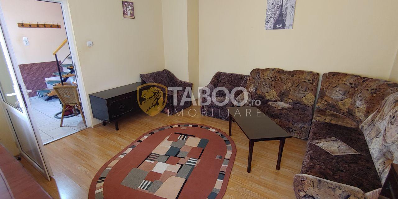 Apartament cu 3 camere de vanzare in Piata Cluj din Sibiu 1