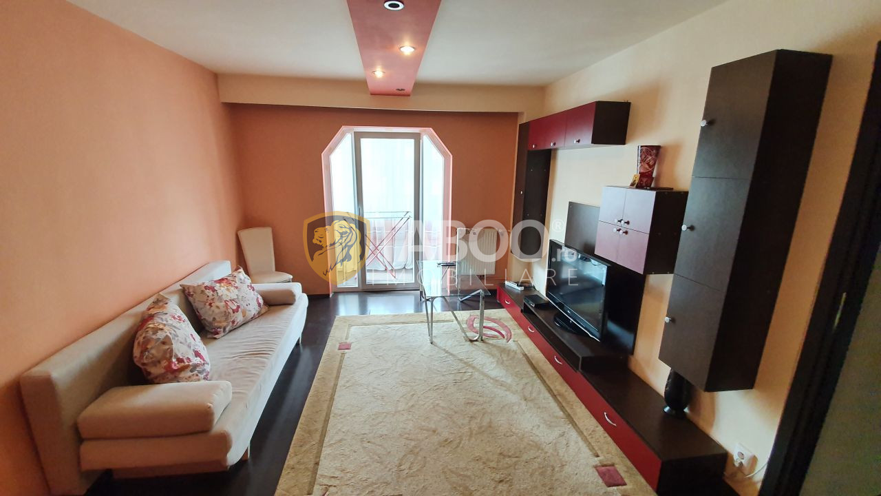 Apartament de inchiriat cu 3 camere decomandate etajul 1 Mihai Viteazu 1