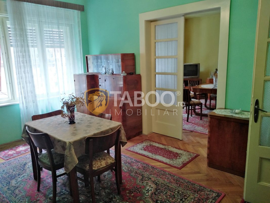 Apartament de vanzare cu 3 camere la vila etaj 1 in Sibiu 1